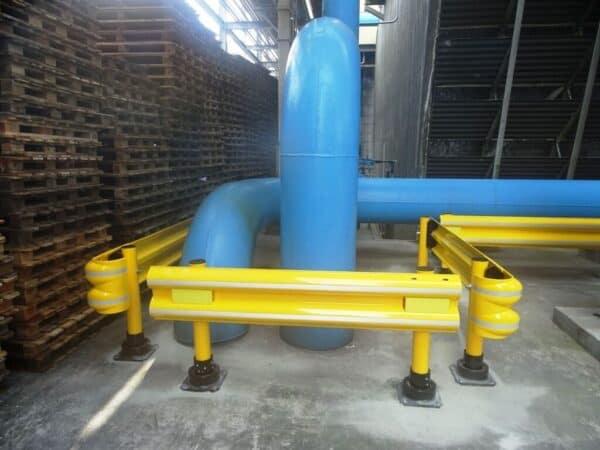guardarrail flexrail protegiendo tubo