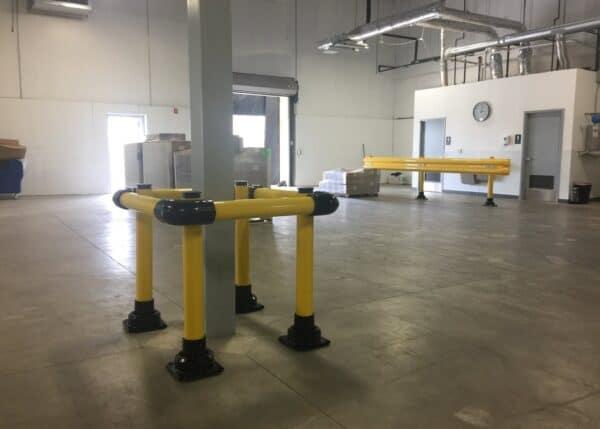 Piezas de instalación del protector de columna SlowStop con Flexrail al fondo